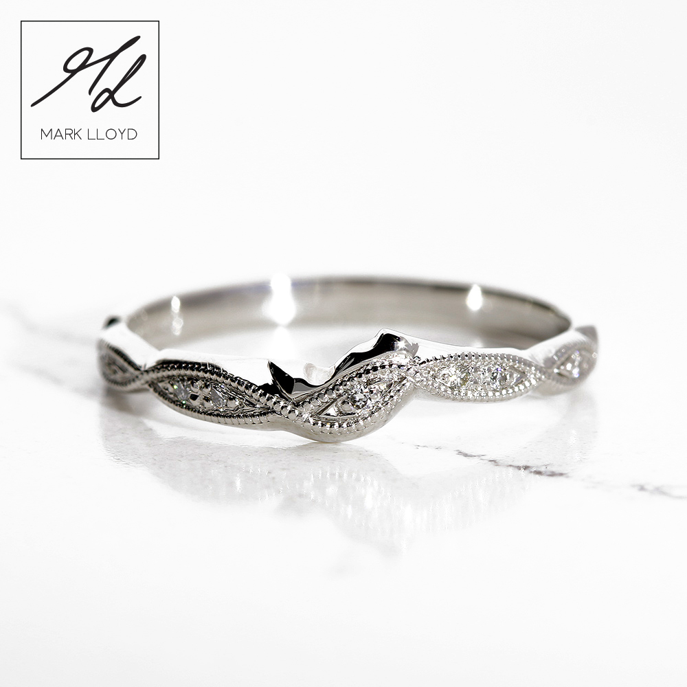 Platinum-Shaped–Ring-Diamond-Millgrain