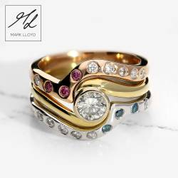 Shaped-Diamond-Ring-Set