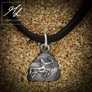 Dune_Sagittarius_Charm_Leather
