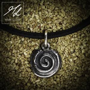 Dune_Spiral_Charm_Leather