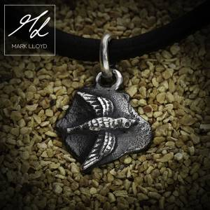 Dune_Bird_Charm_Leather