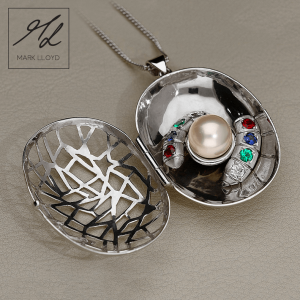 mark lloyd cocoon locket 3