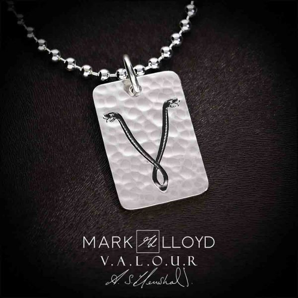Valour_Snakes_Pendant_Hammered-Edit