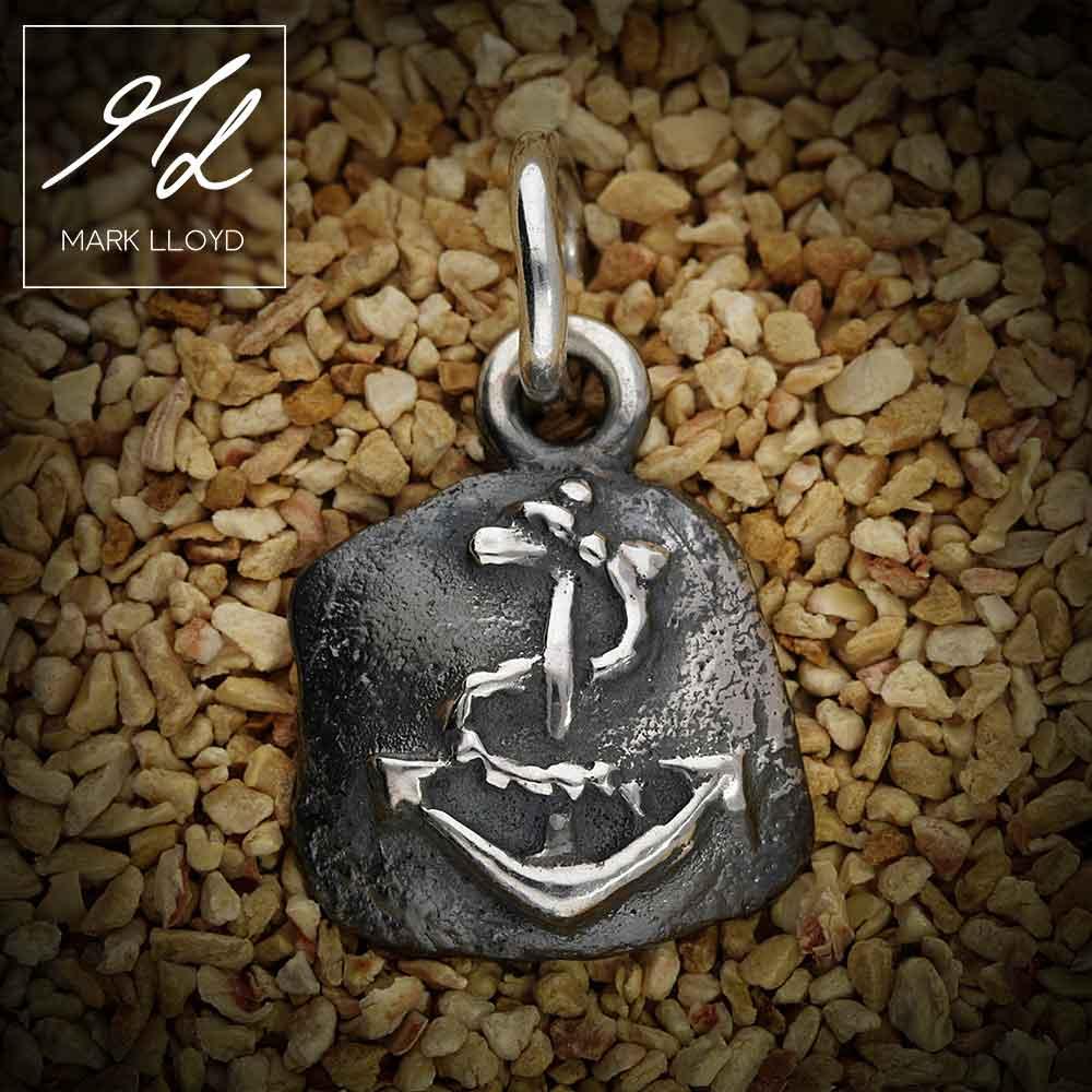 Dune-Silver-Anchor-Pendant