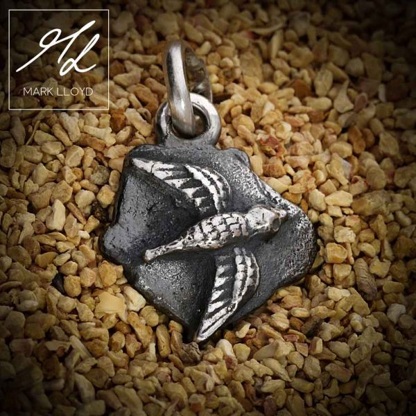 Dune-Silver-Bird-Pendant