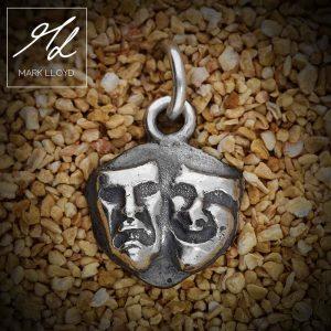 Dune-Silver-Theatre-Pendant