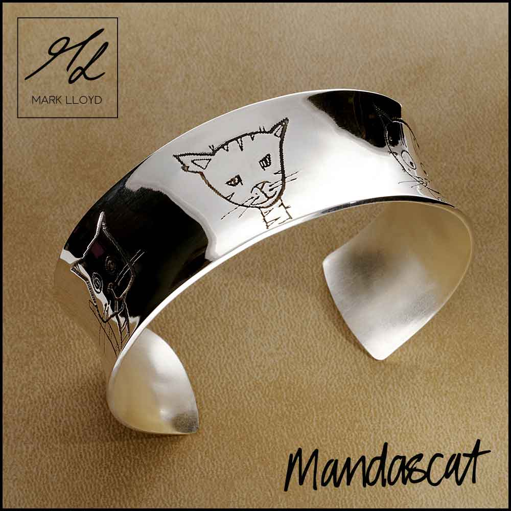 Silver-Mandascat-Curved-Bangle