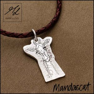 Silver-Mandascat-Geoff-the-Giraffe-flat